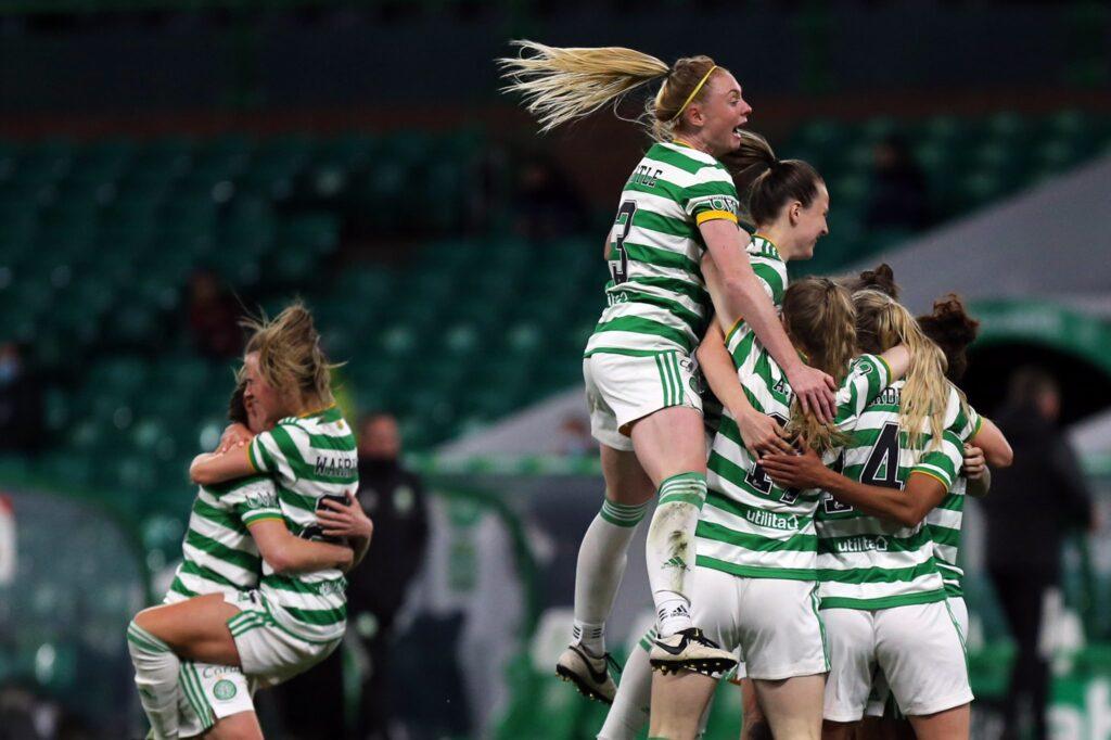 Jacynta Gala fue titular en el triunfo de su Celtic sobre Hibernian por 3 a 1