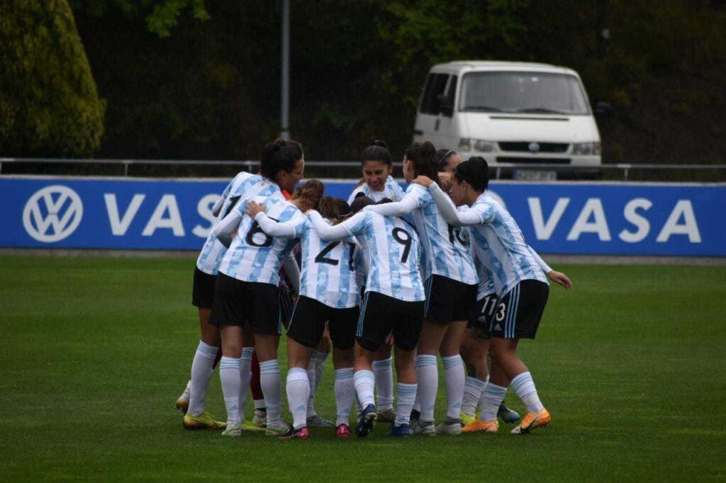 La Selección Argentina Femenina cae cuatro puestos en el nuevo ranking FIFA
