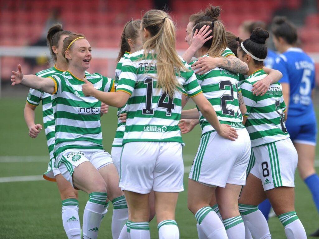 Jacynta Gala festejando el triunfo de su Celtic