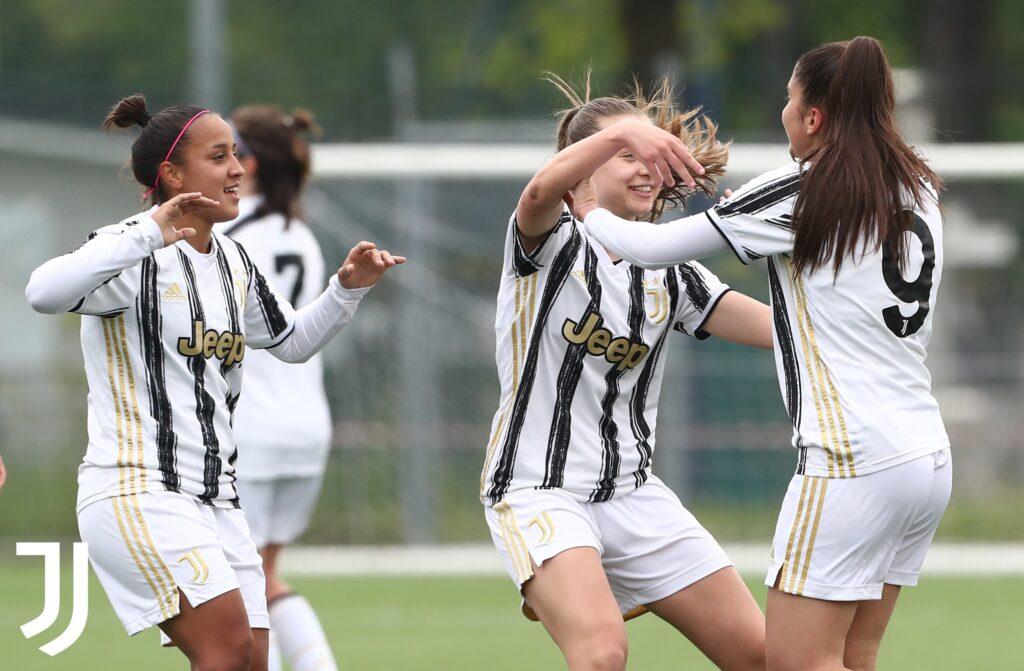 Dalila Ippolito marcó tres goles en la goleada de la Juventus.