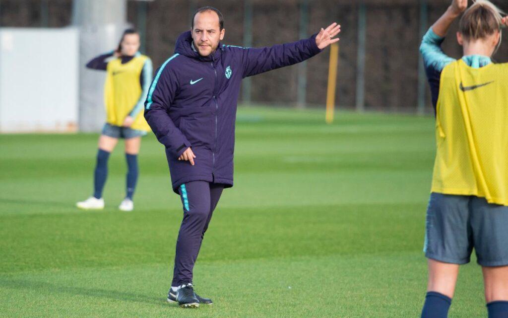 Lluís Cortés es quien comanda a una plantilla del Barcelona que alcanzó nuevos niveles de juego en el 2021.