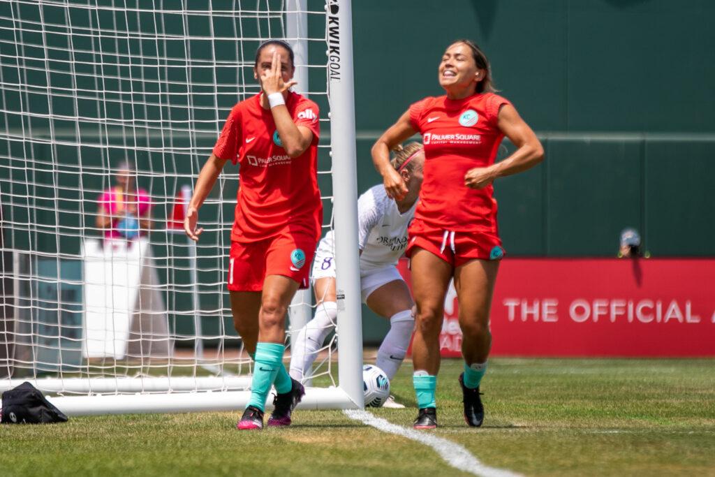 Mariana Larroquette marcó su primer tanto con el Kansas City NWSL.