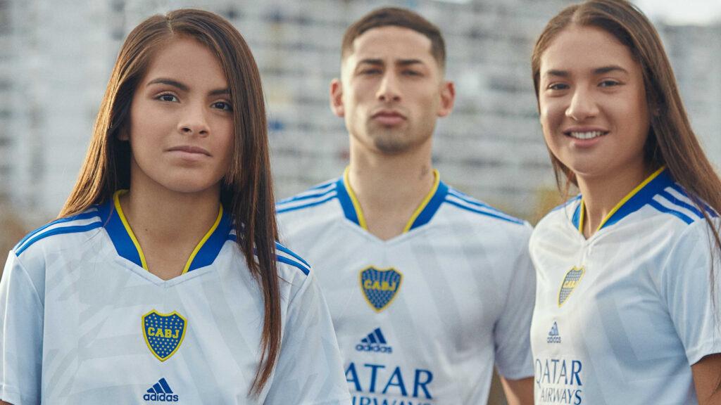 Boca Juniors presenta camiseta suplente