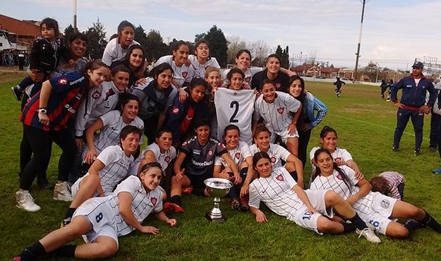 San Lorenzo campeón Torneo Femenino 2015